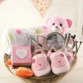 Baby-gift-basket