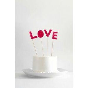 Love Velvet Cake